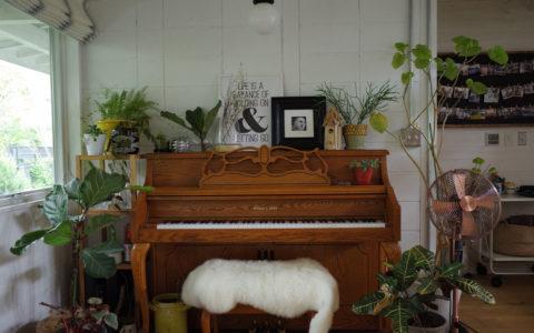 ダイニングのピアノ